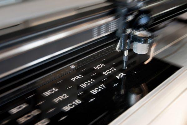 gravure-laser-multigraph-
